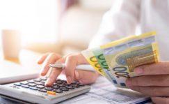 Finanzas personales: Los cinco bancos que regalan dinero a cambio de la nómina | Autor del artículo: Cristina Casillas