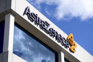 Los títulos de Astrazeneca ofrecen un potencial a doble dígito para los próximos 12 meses y la mayoría de los expertos aconseja tomar posiciones en la farmacéutica