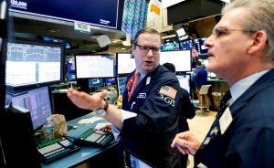 Wall Street mantiene las alzas este jueves y sigue saboreando la postura acomodaticia de la Fed pese a la posible subida de tipos el año que viene