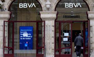 Así afecta al cliente el cierre de las oficinas bancarias.