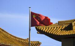 China: el sector servicios se contrae por primera vez desde febrero de 2020