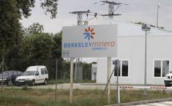 Las acciones de Berkely caen cerca de un 10 por ciento y continúan con el desplome del 56,43 por ciento registrado el lunes por la negativa del Consejo de Seguridad Nuclear a que explote su mina de uranio en la localidad salmantina de Retortillo
