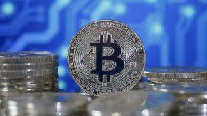 Elon Musk, Jack Dorsey y Cathie Wood resucitan al bitcoin