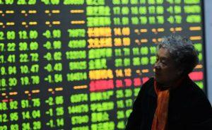 Guerra comercial: Las tensiones entre Washington y Pekín amenazan con poner fin al rally de la bolsa china   Autor del artículo: María Gómez Silva