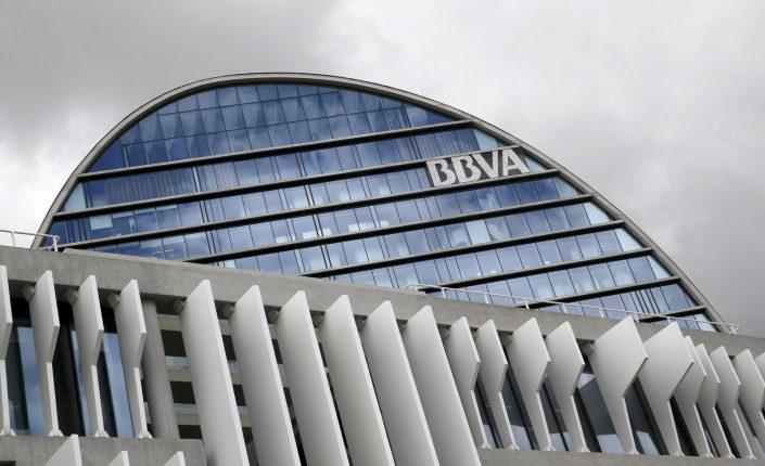 Finanzas personales: La gran banca apuesta por las cuentas digitales | Autor del artículo: Cristina Casillas