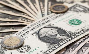 Divisas: Divisas. El dólar cierra su mejor semana desde abril   Autor del artículo: Daniel Domínguez