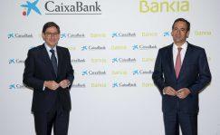 CaixaBank: Las otras comisiones que esperan a los clientes de Bankia en Caixabank | Autor del artículo: Cristina Casillas