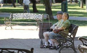 Presupuestos: La subida de la pensión media de viudedad será de 450 euros anuales | Autor del artículo: Finanzas.com