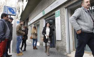 Presupuestos: El Gobierno recorta un 3,4% el gasto en prestaciones por desempleo | Autor del artículo: Finanzas.com