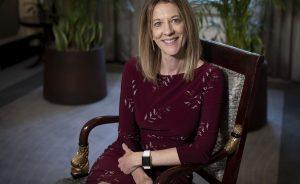 """Reforma Fiscal: Stephanie Kelton: """"Los impuestos no son para financiar a los gobiernos (por si había dudas)""""   Autor del artículo: Finanzas.com"""
