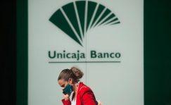 Banca Privada: Unicaja y Liberbank recortarán 2.000 empleos tras la fusión | Autor del artículo: Daniel Domínguez