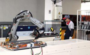 PIB: La industria manufacturera mete otra marcha a la economía | Autor del artículo: Cristina Casillas