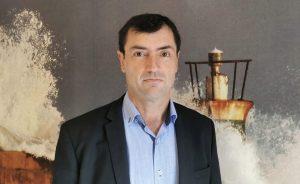 Clemente Fernández contacta con el administrador concursal de Abengoa para pactar una junta de accionistas y que los minoritarios no voten en contra de la estrategia del administrador