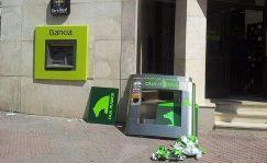 Hemeroteca: 'Bankeros': Doblemente apaleados | Autor del artículo: José Jiménez