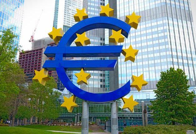 Divisas: Presión total. Los cortos de los 'hedge funds' sobre el euro, en máximos de junio | Autor del artículo: José Jiménez