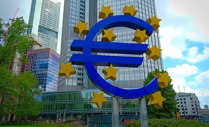 El euro/dólar acelera su caída ante la pasividad del BCE José Jiménez