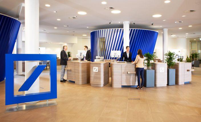 Deutsche bank: Deustche Bank dispara su beneficio hasta los 1.796 millones   Autor del artículo: Cristina Casillas