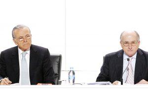 El expresidente de Caixabank, Isidro Fainé (izda.) y el presidente de Repsol, Antonio Brufau.