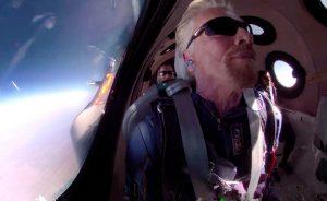 Empresas: El éxito de Branson en su viaje espacial dispara las acciones de Virgin Galactic | Autor del artículo: Cristina Casillas