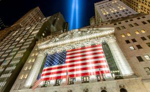 Wall Street cae ante la presión de los valores tecnológicos