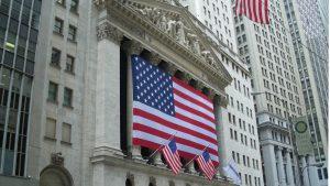 Wall Street bate récords históricos con los traders cargados de coberturas
