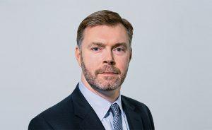 Coronavirus: IAG. Dimite Steve Gunning, el director financiero que hizo frente al Covid | Autor del artículo: Daniel Domínguez